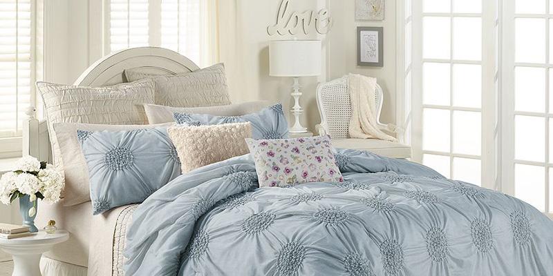 Lauren Conrad's Girly Bed & Bath